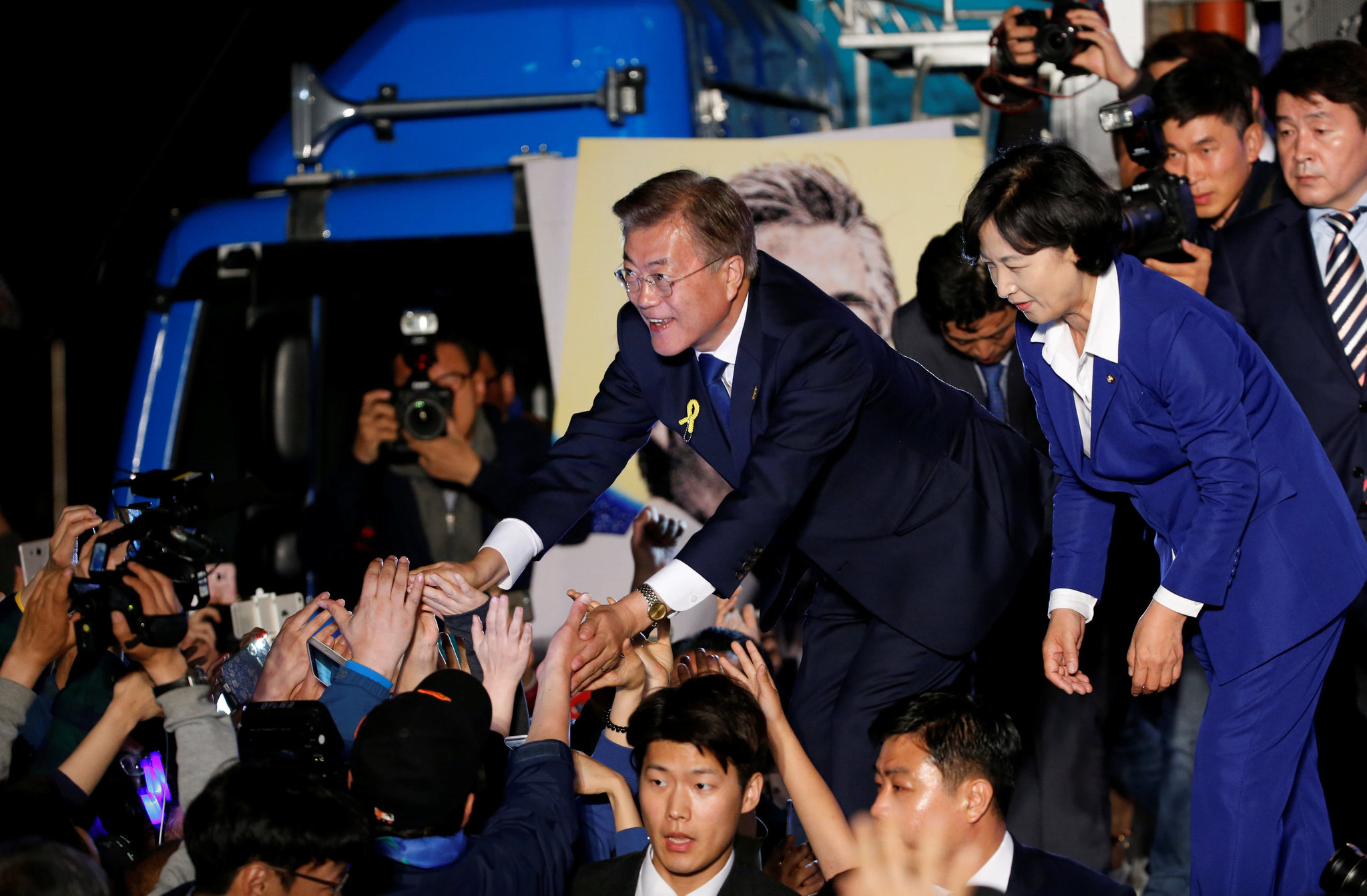 South Korea Elects Moon Jae-in, Who Backs Talks With North, as President