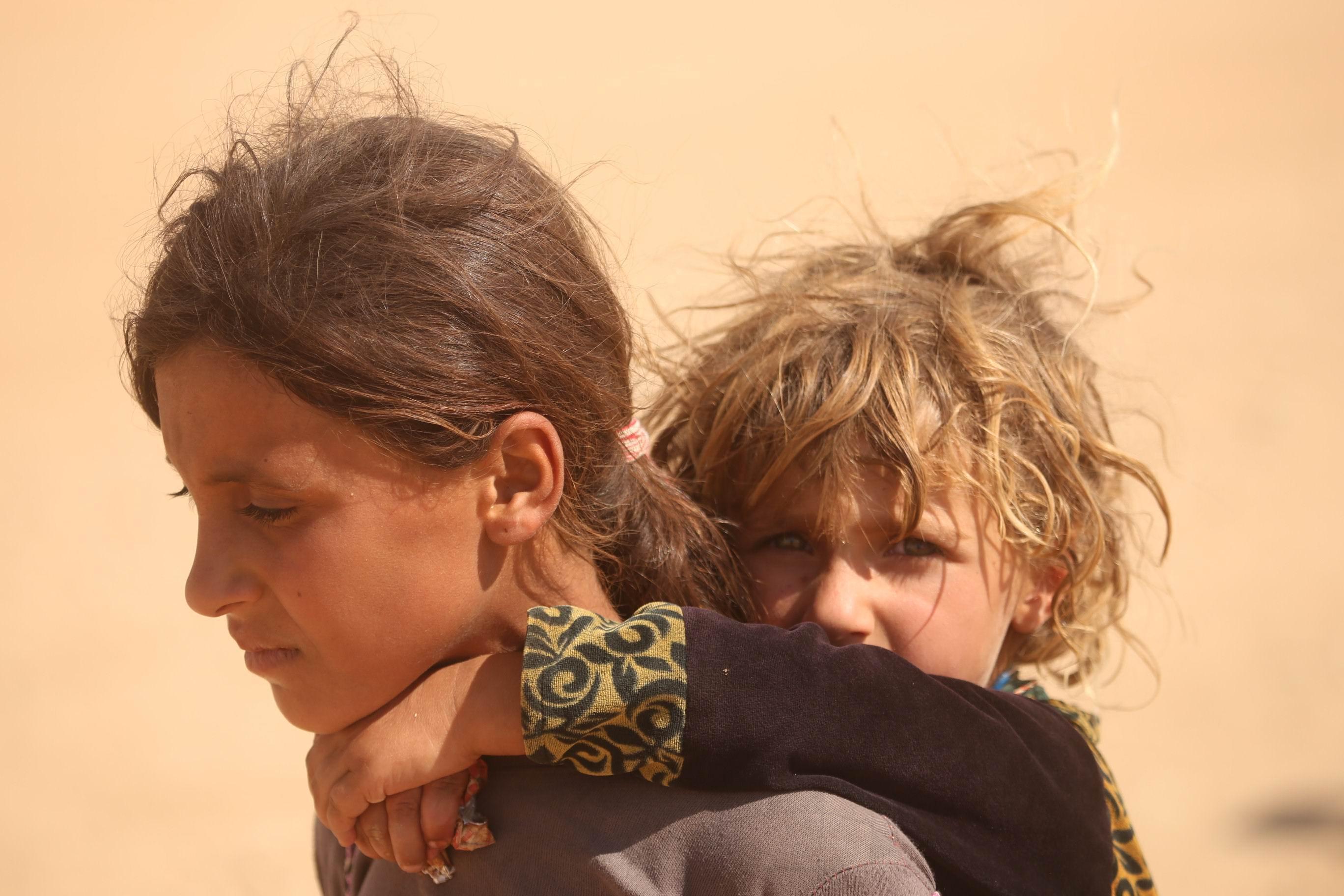 Photo prise pendant la fuite de la population de Shengal, à l'arrivée de Daesh, le 3 août 2014