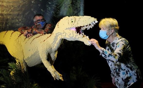 Centre for Life CEO Linda Conlon meets a dinosaur!