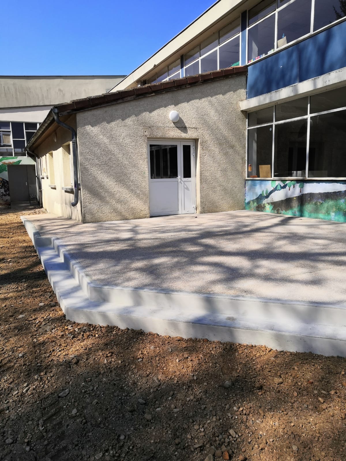 La nouvelle terrasse côté esplanade