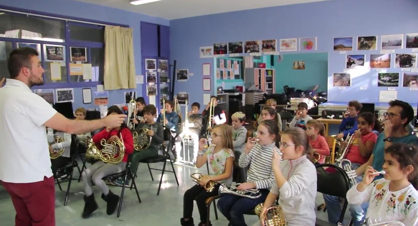 Orchestre à l'école de Toulon